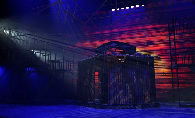 Pre visualisation software has been used for a big west end production miss saigon at the prince edward theatre award winning lighting designer bruno
